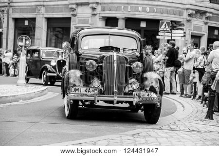 Wroclaw- August 18: Old Car On Motoclassic Show In Black And White, In Wroclaw, Poland On August 18,