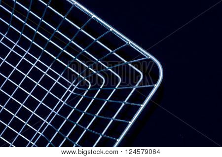 Shopping basket wire