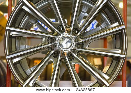 Magnesium alloy wheel or mag wheel or max wheels of Car.