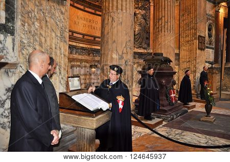 ROME-NOVEMBER 6: Members the House of Savoy in Roman Pantheon on November 62010 in Rome Italy. The House of Savoy is royal families being founded in year 1003 in the historical Savoy region.