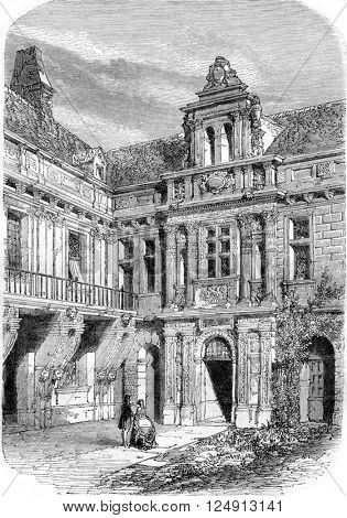 Pailly Castle, indoor view, vintage engraved illustration. Magasin Pittoresque 1857.