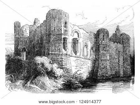Newark Castle, vintage engraved illustration. Colorful History of England, 1837.
