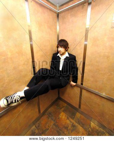 Elevator Sit