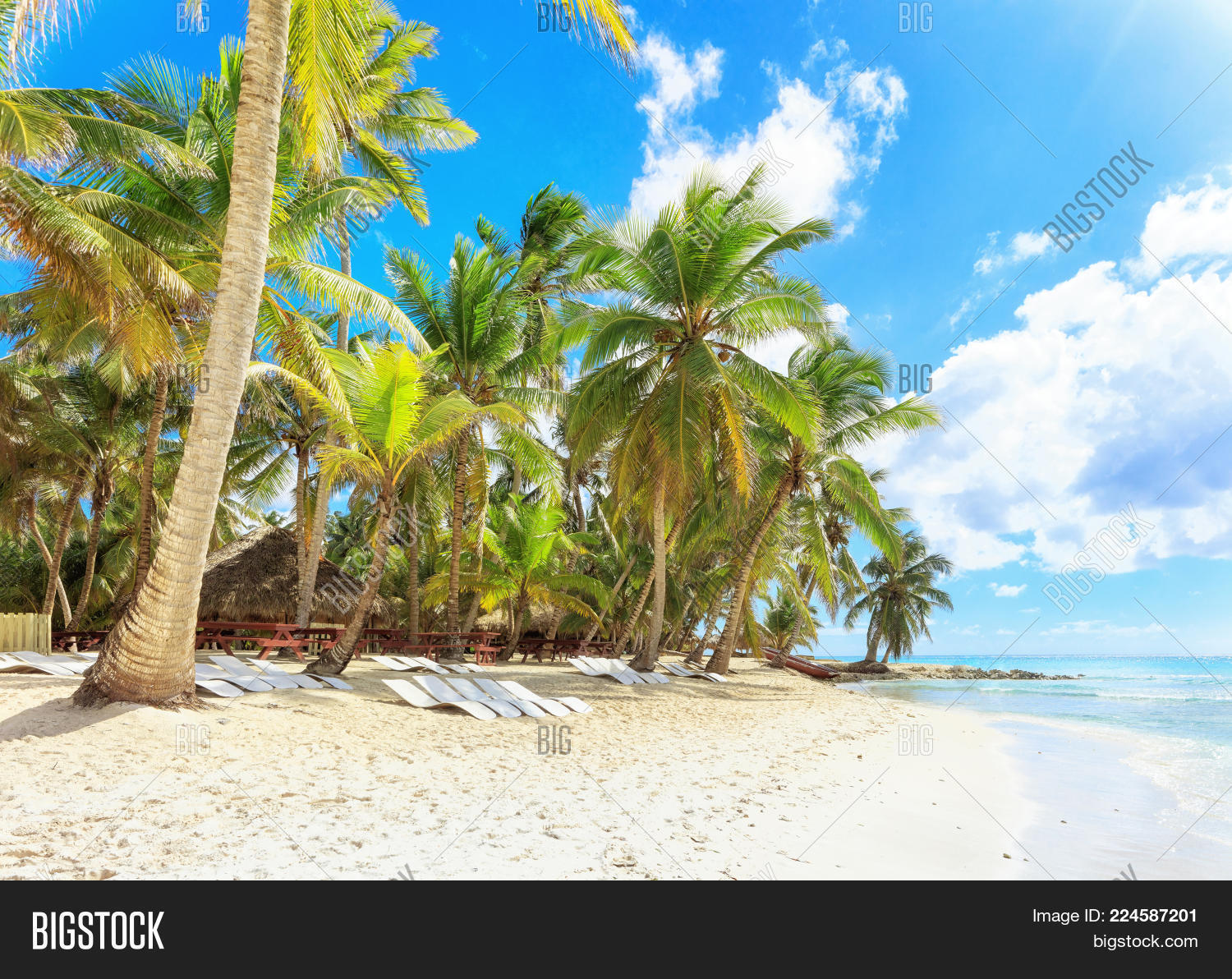 Secluded Beach On Image & Photo (Free Trial) | Bigstock