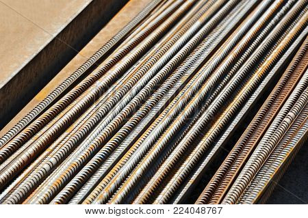 Armature Rod For Reinforcing