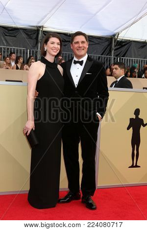 LOS ANGELES - JAN 21:  Virginia Donohoe, Rich Sommer at the 24th Screen Actors Guild Awards - Press Room at Shrine Auditorium on January 21, 2018 in Los Angeles, CA