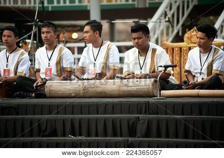 Bangkok Thailand - Jan 17, 2015 : Unidentified Southern Thailand Musician Hitting Bamboo Tradition I