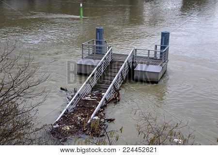 pontoon surrounded by the waves,flood of the seine