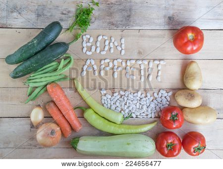 Fresh Farmers Market Vegetables. Healthy Eating. Vegetarian food, Organic Food. Vegetables on table from above. Vegetables on Wooden Background. Vegetables collection, Mixed Vegetables. Healthy Food.