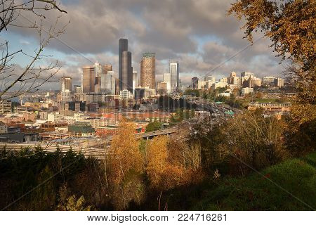Seattle Skyline Traffic And Towers. Downtown Seattle Skyline With Freeways In The Foreground And Ell