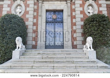 Barcelona,spain-january 15,2017:garden,jardins Joan Maragall And Palace Albeniz,park Montjuic,detail