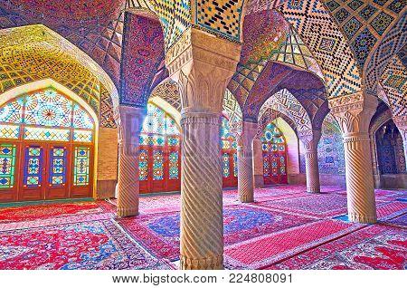 Shiraz, Iran - October 12, 2017: The Elegant Interior Of Nasir Ol-molk Mosque - The Pearl Of Islamic