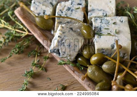 Blue Cheese , Capers Thyme.