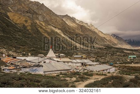 Gangotri Is An Important Hindu Pilgrimage Center And Residence Of The Goddess Ganga, Which Is Associ