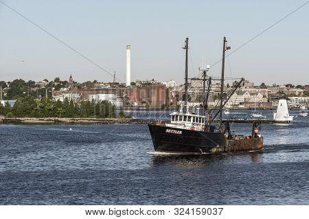 New Bedford, Massachusetts, Usa - September 24, 2019: Commercial Fishing Boat Settler, Hailing Port