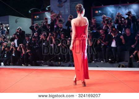 Barbara Palvin walks the red carpet ahead of the
