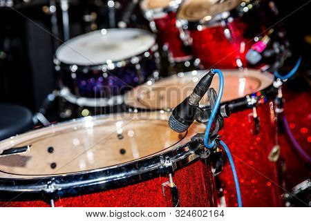 Microphone For Snare Drum Set-up During The Concert