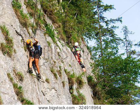 Free High  Rope Course Above The Beautiful Lake Gosau