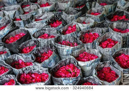 Bangkok,thailand,6,feb,2016,colorful Roses Wrapped And Displayed For Sales In Pak Klong Talad Market