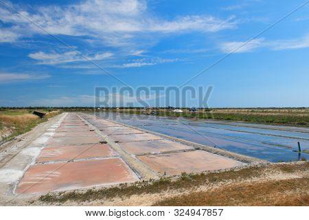 Ile de Re salt lakes in landscape