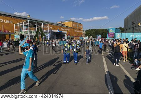 Saint-petersburg, Russia - June 12, 2021: Accredited Paramedics Are On Duty In The Fan Zone At The E