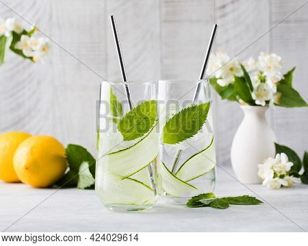 Detox Water With Cucumber, Mint And Lemon Juice. Cucumber Water.
