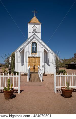 Apache Junction, Arizona - May 9, 2021:  The Elvis Chapel Church, Located In The Superstition Mounta