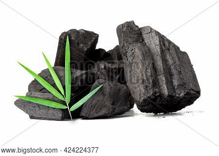 Natural Wood Charcoal, Traditional Charcoal Or Non Smoke And Odorless Charcoal Hard Wood Charcoal Is