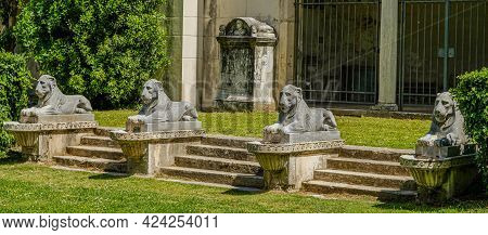 Rome, Villa Borghese Gardens. Statues In The Portico Of The Lions, Designed By Luigi Canina And Fini