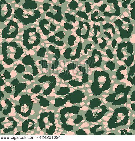 Leopard Fur Seamless Vector Pattern. Stylish Trendy Print Of A Wild Predatory Animal. Camouflage Col