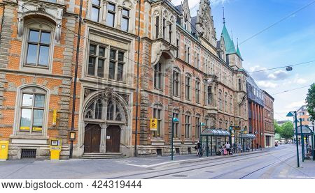 Braunschweig, Germany - July 25, 2020: Tracks In Front Of The Historic Post Office Of Braunschweig,