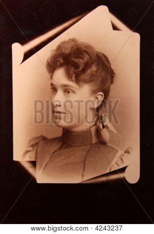 Photograph, Antique, Vintage, Young  Women