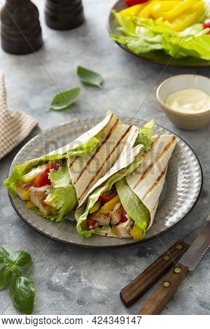 Chicken Wrap Sandwich With Pitta Bread And Vegetables. Delicious Healthy Food
