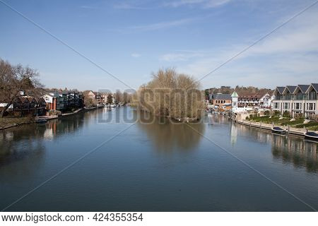 Views Of The Thames River At Maidenhead In Berkshire In The Uk, Taken On The 30th March 2020