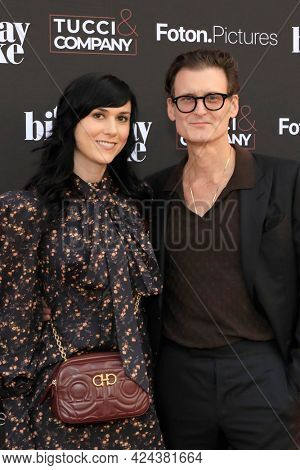 LOS ANGELES - JUN 16:  Sarah Lipstate, George Griffith at The Birthday Cake LA Premiere at the Fine Arts Theater on June 16, 2021 in Beverly Hills, CA