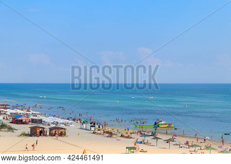 Lazurne, Ukraine - July 18, 2020: View On The Beach Of The Black Sea In Lazurne, Ukraine. View From