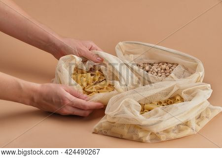 Chickpeas And Pasta In A Reusable Fabric Eco Bag.
