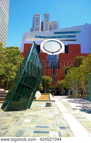 June 9, 2021 In San Francisco, Ca:  Modern Art Sculptures On A Courtyard In Front Of The Modern Art
