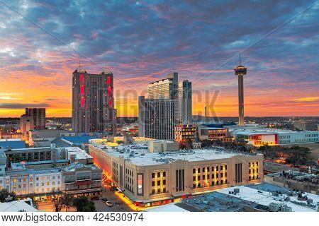 San Antonio, Texas, USA skyline from above at dawn.