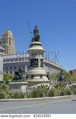 San Francisco,ca,usa - April 20, 2018 : Day View Of Pioneer Monument In San Francisco, California. U
