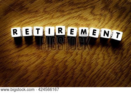 Retirement plan planning words to retire from work with financial independence
