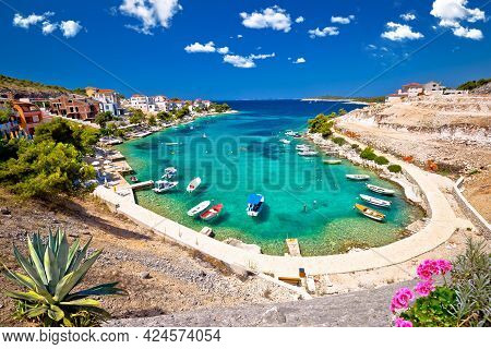 Idyllic Adriatic Turquoise Bay Near Primosten View, Archipelago Of Dalmatia In Croatia