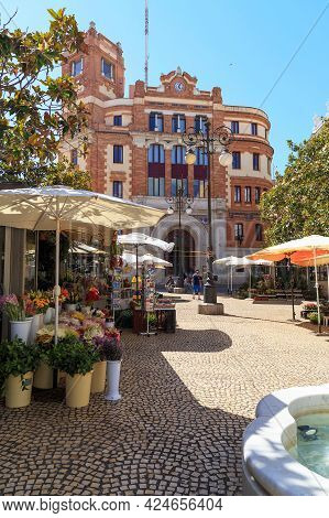 Cadiz, Spain - May 22, 2017: This Is Topete Square, Where The Flower Market Is Located.