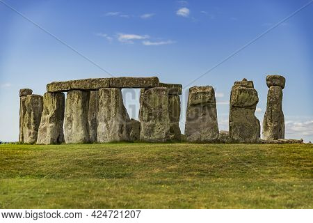 Stonehenge An Ancient Prehistoric Stone Monument Near Salisbury, Wiltshire, Uk. It Was Built Anywher