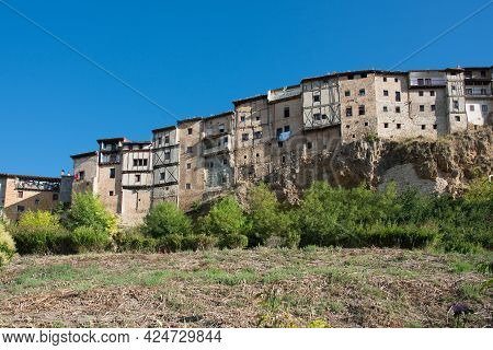 Beautiful View Of Frias Seen From The Lowest Part Of The Town. Traditional Houses.burgos, Merindades