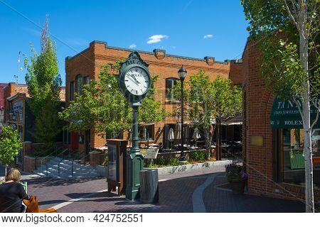 Park City, Ut, Usa - Jun. 20, 2018: Historic Park City Street Clock At 430 Main Street In Historic D