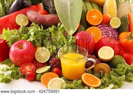 Fresh Fruit And Juice High Quality Image