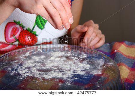 Making Of Ravioli Manti