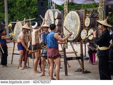 Lamphun, Thailand - April 12, 2019: Artists Wear Ancient Lanna Costume Perform Lanna Drum Music On S