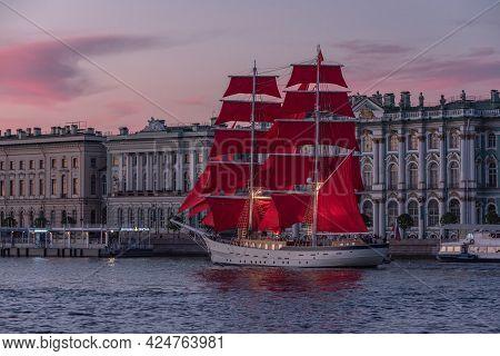 Saint Petersburg, Russia - June 10, 2021: A Brig Rossiya Sails Beside The Hermitage On The Neva Rive
